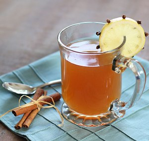 blonde-cook-hot-toddy